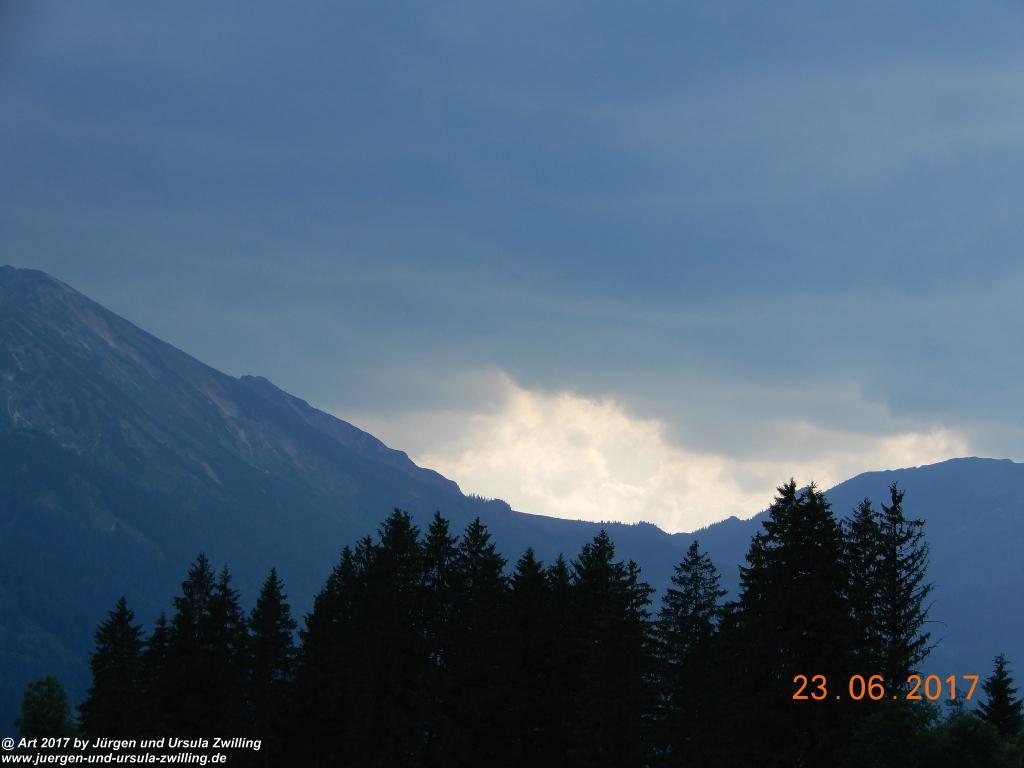 Wolkenspiel im Tannheimer Tal  - Österreich-