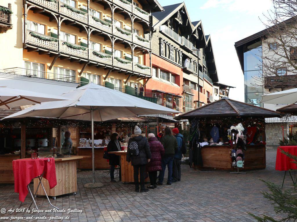 Seefeld mit Weihnachtsmarkt in Tirol - Österreich
