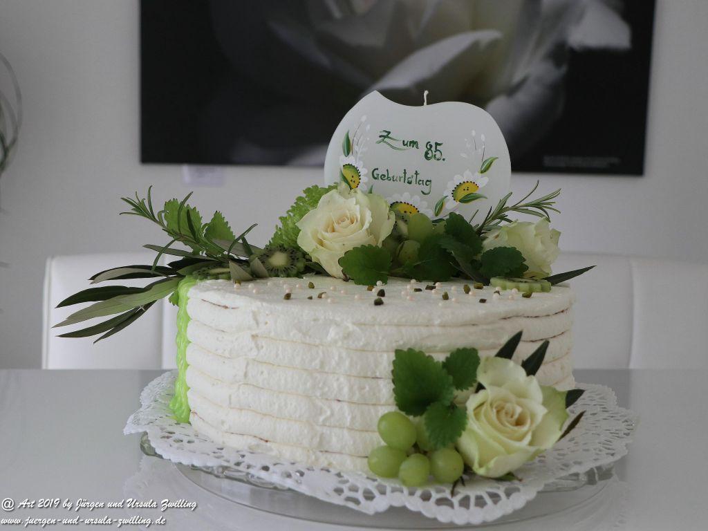 Ursula's Käse - Sahne - Torte zum 85sten Geburtstag von Oma