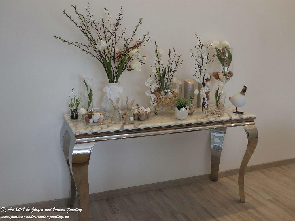 Blick und Einladung in unsere Galerie - Ursula's Galerie Osterdeko