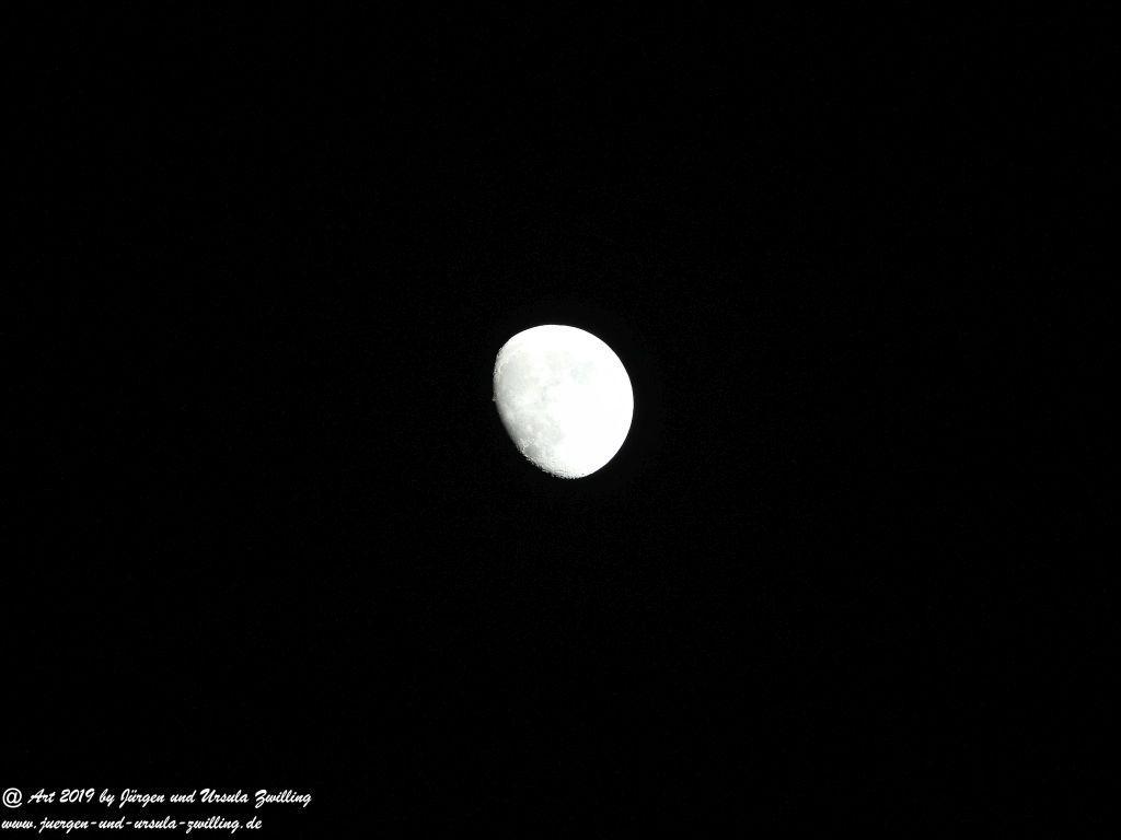 Mond im Ostseeheilbad Prerow - Darß - Mecklenburg-Vorpommern - Ostsee