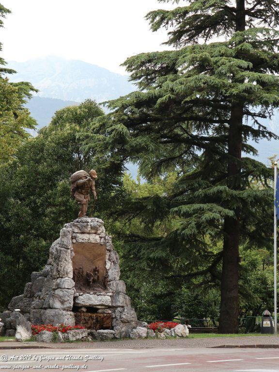 Rovereto - Oberitalien im Trentiner Etschtal am Leno Italien