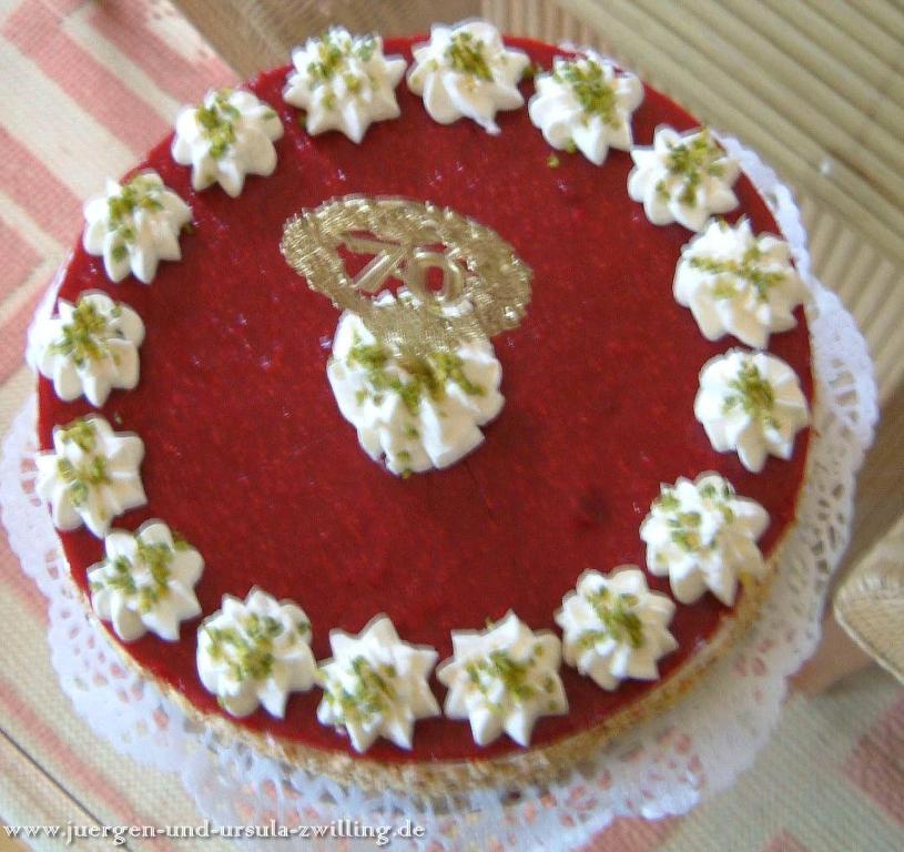 Oma's Lieblingsgeburtstags Himbeer Sahne Torte