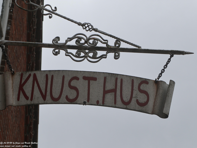 KNUST.HUS