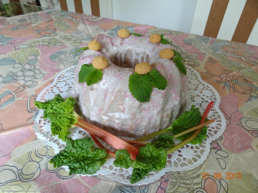 Rbabarber Amarettini Napfkuchen