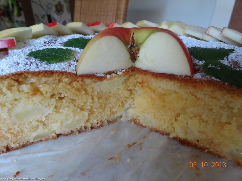 Marzipan-Apfelkuchen zum Tag der Deutschen Einheit