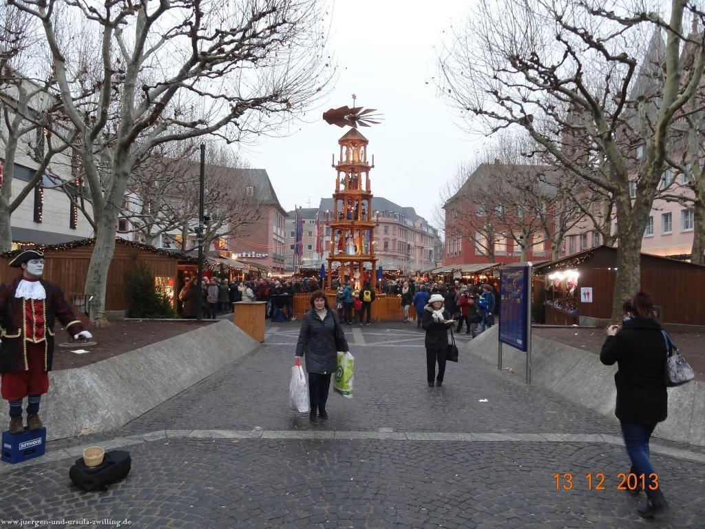 Weihnachtsmarkt in Mainz 2013