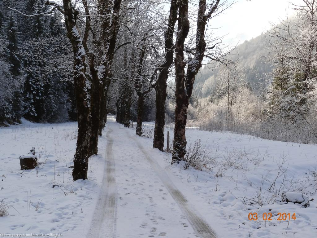 Philosophische Bildwanderung - Winterwanderung- AllgaeuGerstruben - ein Bergdorf im Winter