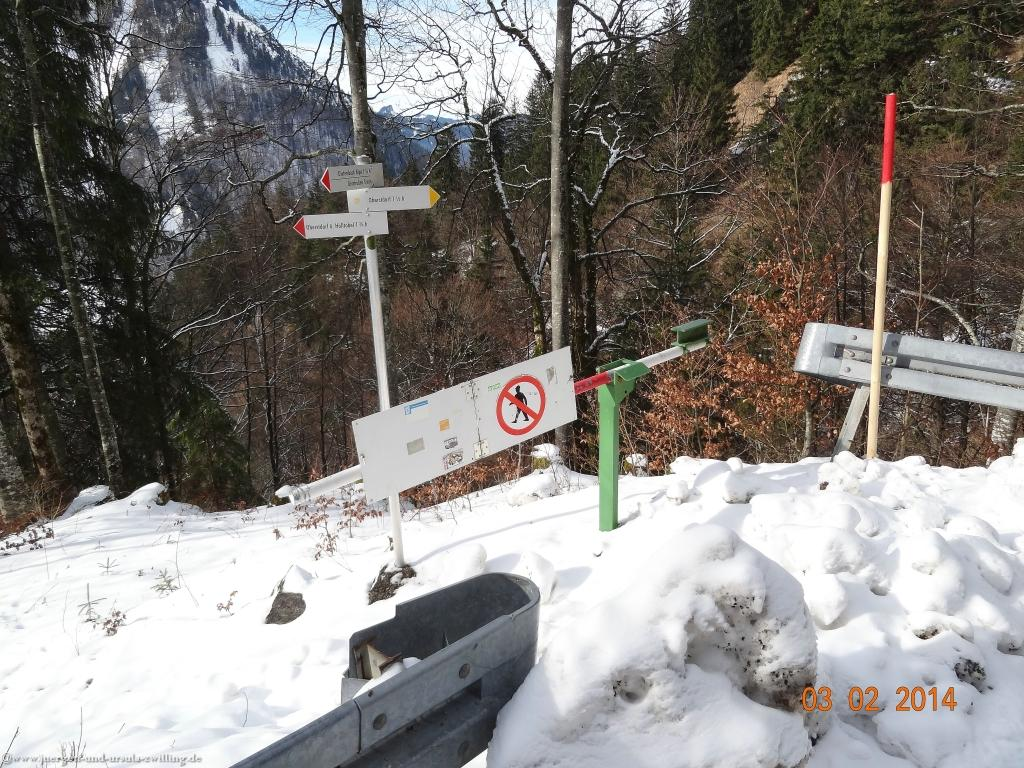 Philosophische Bildwanderung - Winterwanderung- Allgaeu Gerstruben - ein Bergdorf im Winter