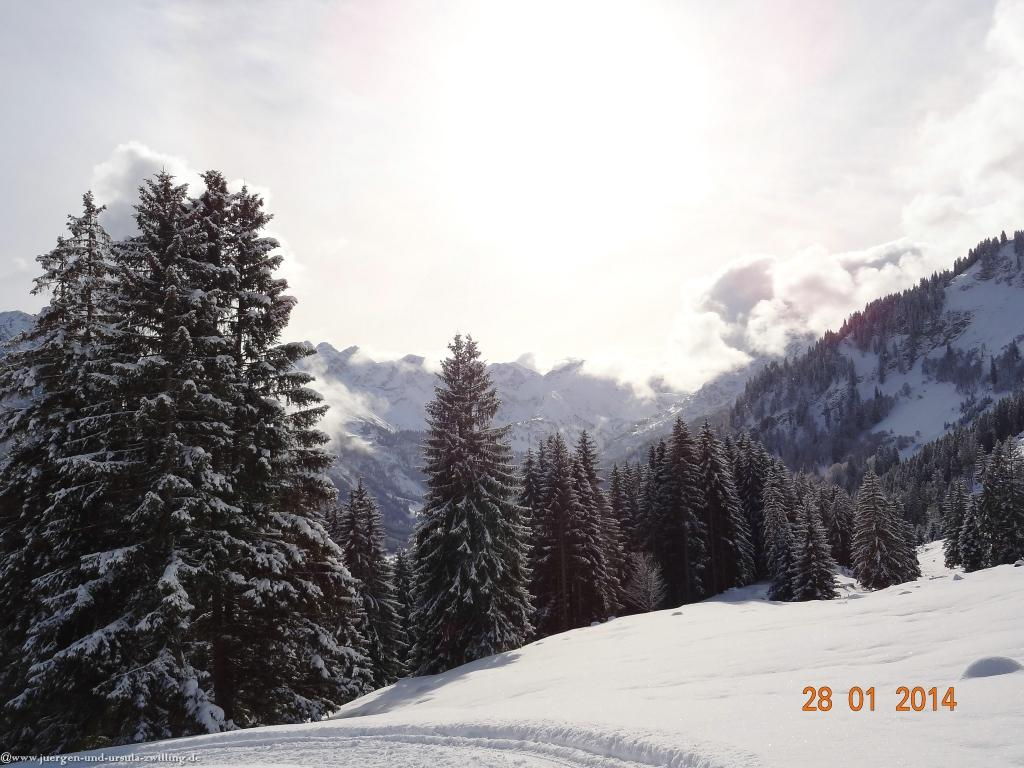 Philosophische Bildwanderung - Winterwanderung-Vom Schönblick nach Hochleite - im Allgaeu