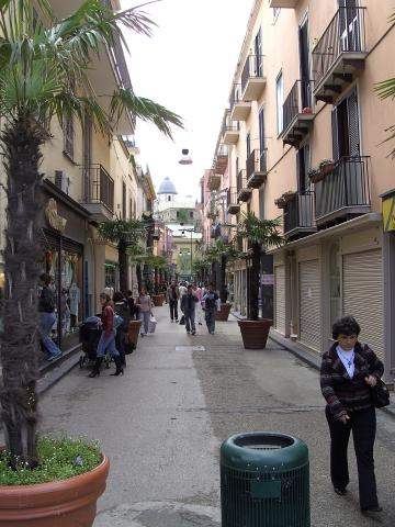 Pozzuoli im Golf von Neapel