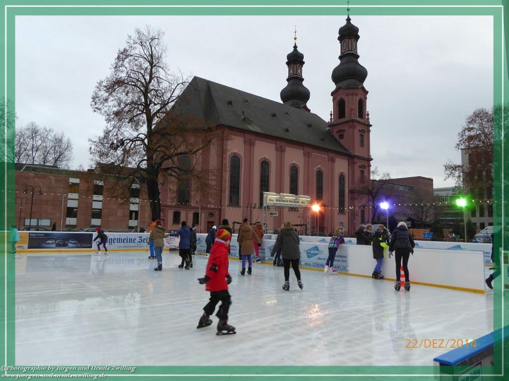 Weihnachtsmarkt im Mainz 2014 am kurfürstlichen Schloss Mainz