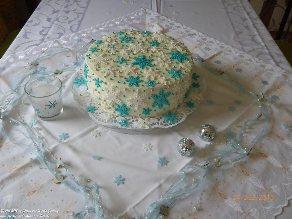 Ursula's Weihnachts - Sternen - Himmel - Torte mit handgefertigter Deko