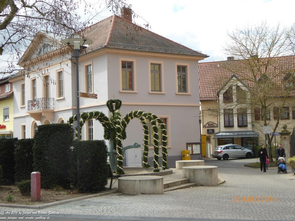Osterbrunnen in Nieder Olm - Rheinhessen