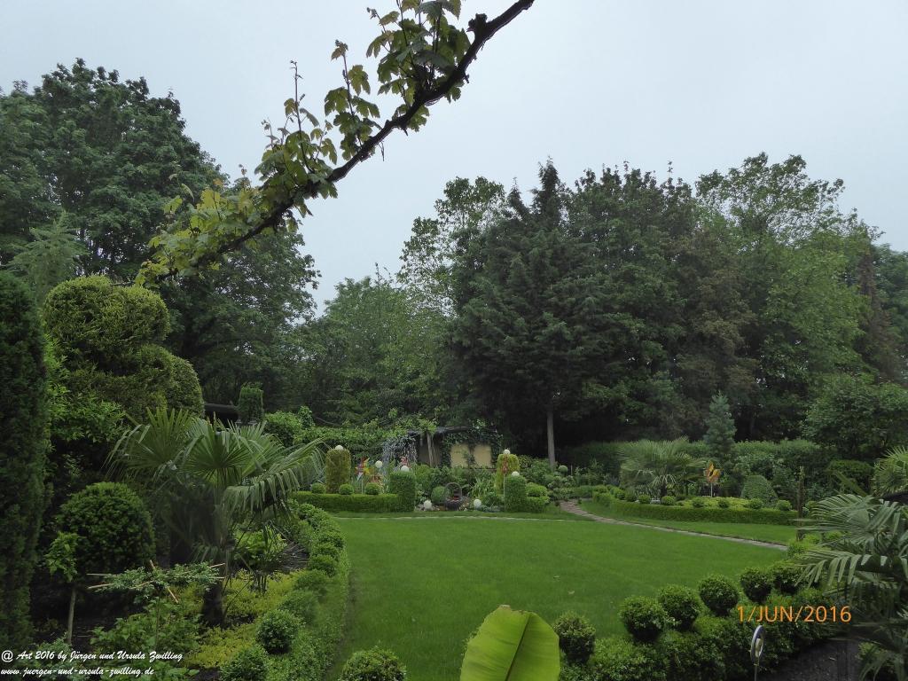 Gartenblick bei Dauerregen
