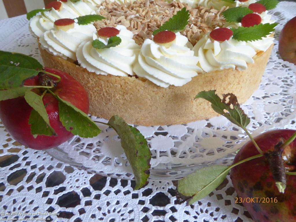 Ursula\'s Apfel-Wein-Kuchen aus eigener Ernte